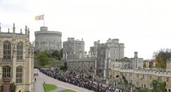 Família real britânica busca faxineiro e oferece salário de R$ 11 mil
